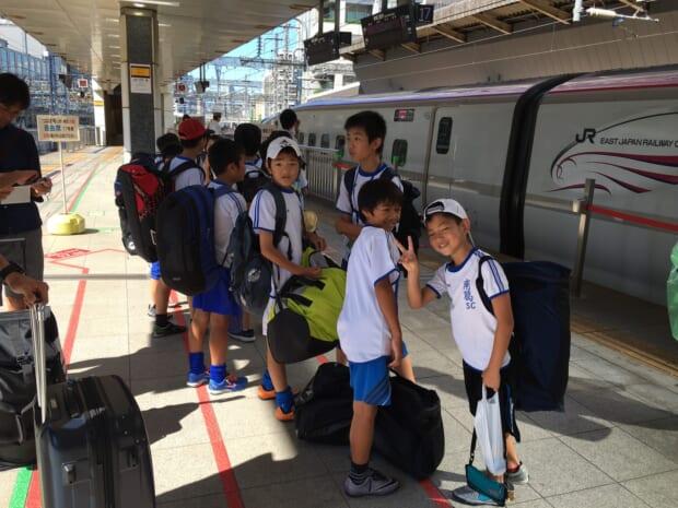 新幹線で盛岡駅まで移動